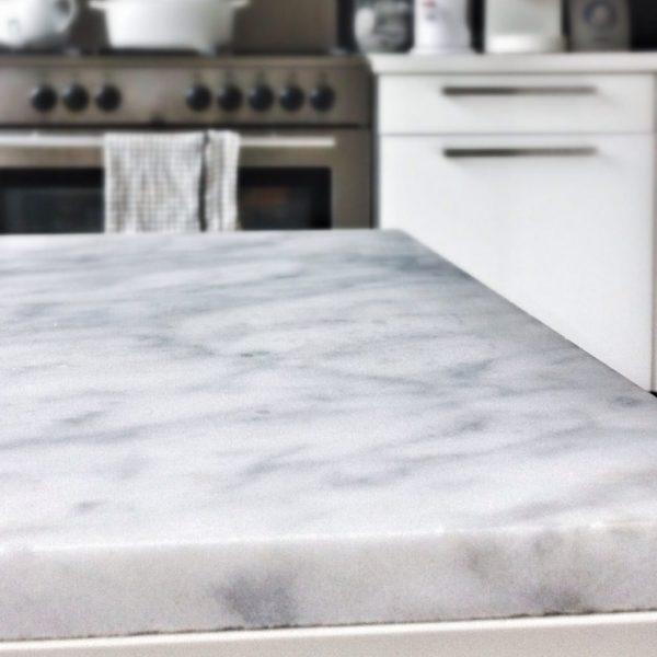 Carrara marmer blad snijplank 2