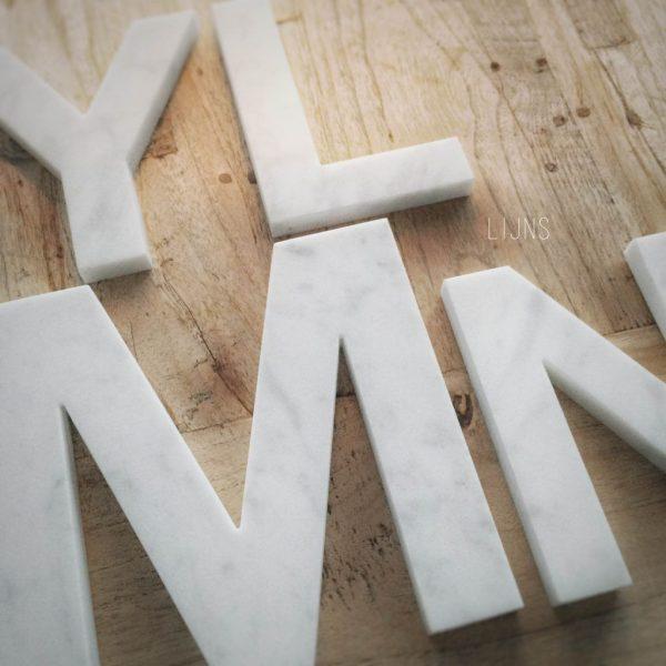 Lijns marmeren letters