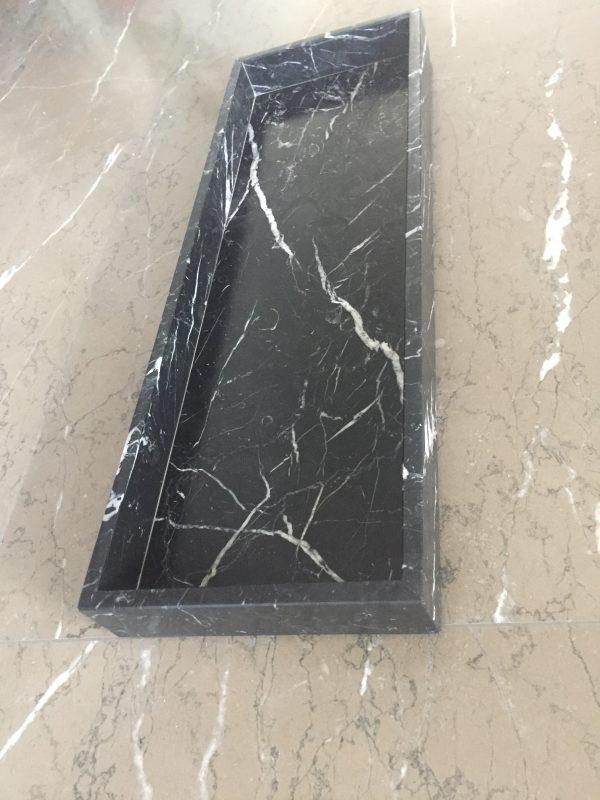 LIJNS tray Negro Marquina 40x20