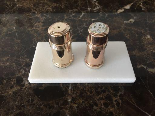 Onderzetter zout en peper marmer LIJNS